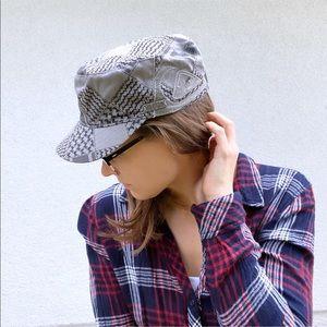 Quiksilver gray black skater adjustable hat